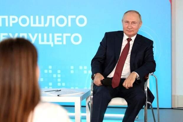 Отнять и поделить. Почему «красный реванш» — один из вариантов развития событий «после Путина»