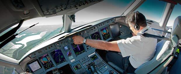Генпрокурор РФ связал катастрофу SSJ100 с серьезными проблемами в авиаотрасли