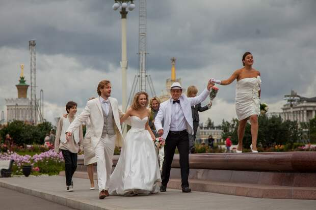 Татьяна Бабенкова и Анфиса Черных питают «Большие надежды» на жизнь в городе