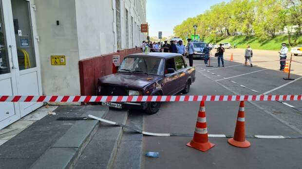 Юный дрифтер сбил четверых: что известно о ДТП с 17-летним водителем в Москве
