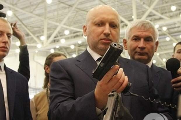 Турчинов призвал украинцев быть полезными НАТО