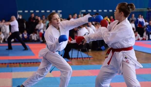 Спортсменка из Лосинки стала чемпионкой России по каратэ