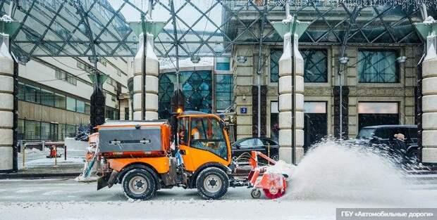 Собянин: Москва лидирует в Европе по использованию дорожной техники. Фото: ГБУ «Автомобильные дороги»