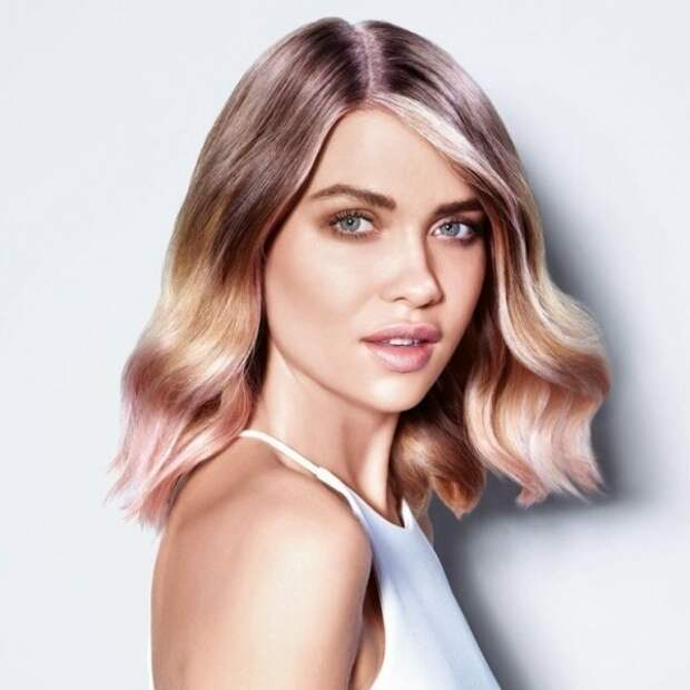 6 оттенков волос, которые помогут выглядеть моложе