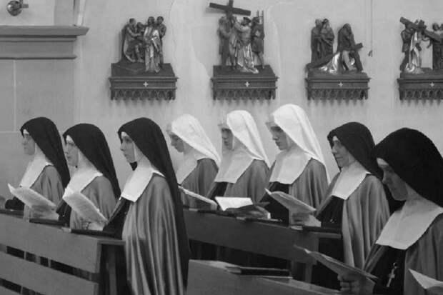 О мифе о гибели монахинь от рук красноармейцев в Польше