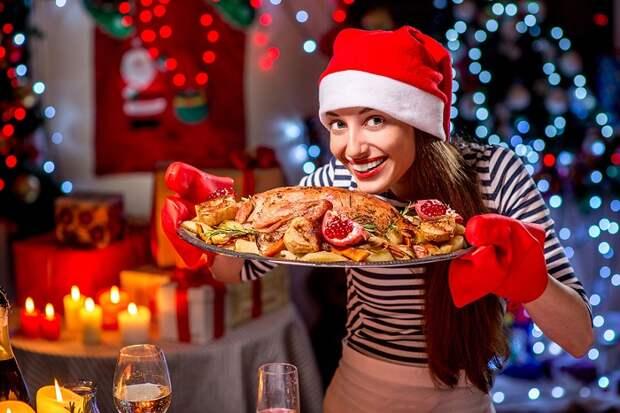 10 советов, как не переесть в новогоднюю ночь, если утка с яблоками манит и манит