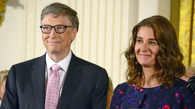 """""""Забить легче легкого"""": блогер Лена Миро своеобразно пожалела Билла Гейтса на фоне развода"""