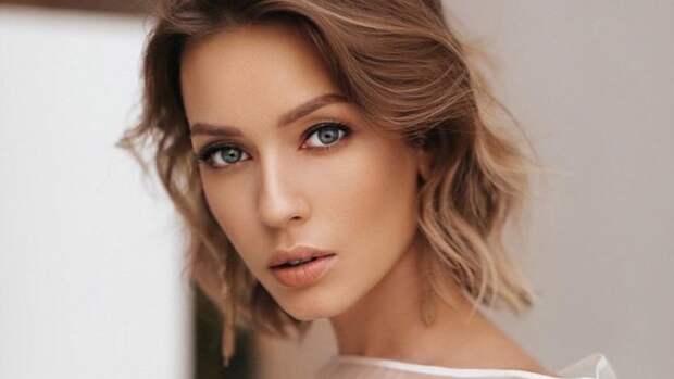 Актриса Евгения Лоза призвала перестать «мусолить» Агату Муцениеце и Павла Прилучного