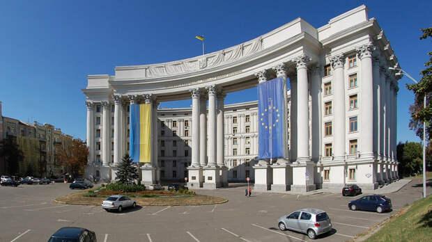 Украинский МИД рассказал о трудностях в подготовке встречи Путина и Зеленского