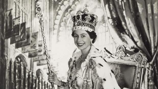 Елизавета II в день коронации.