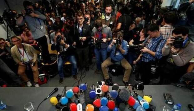 Совет Федерации одобрил закон о СМИ-иноагентах | Продолжение проекта «Русская Весна»