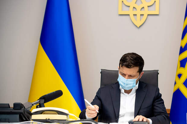 Зеленский заявил о подготовке «стратегии деоккупации» Крыма