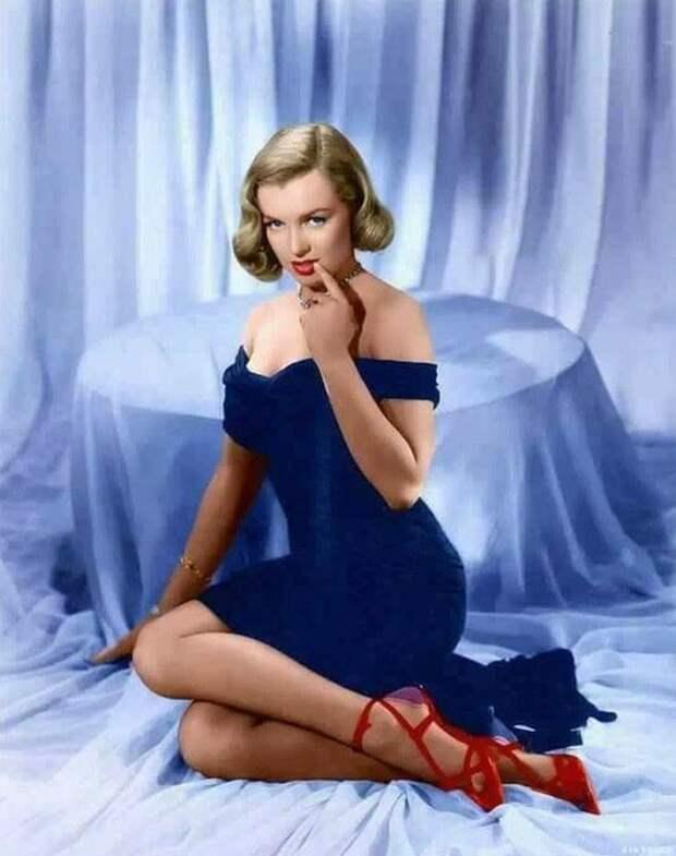 Новогоднее настроение от любимых актрис старого кино.