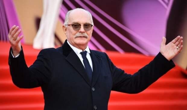 """Известный актёр признался в связи с иноагентом и вызвал Михалкова на словесную дуэль: """"Вы чё?"""""""