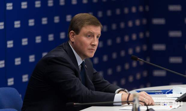 «Единая Россия» ставит высокие цели: большое интервью Андрея Турчака