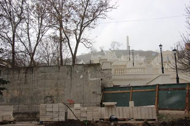 Обещанное открытие Митридатских лестниц в Керчи отменили