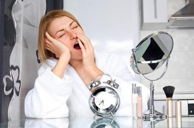 Успеть за 20 секунд: 8 быстрых бьюти-привычек, чтобы просыпаться красивой