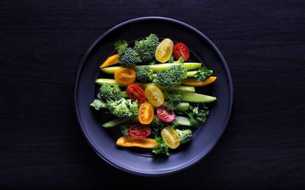 Можно ли есть только овощи для похудения: разбираемся