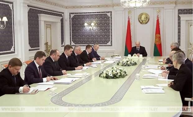 Александр Лукашенко на запрет белорусских сельхозпродуктов ответил остановкой нефтепроводов с российской нефтью