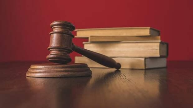 """Присяжные признали доказанной вину убившего семью из-за """"стрелялок"""""""