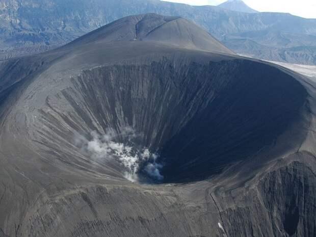 Вулкан на Алеутских островах способствовал падению Римской республики