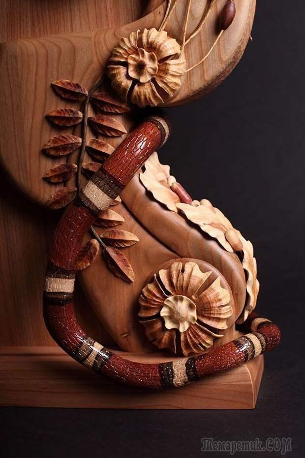 Уникальный мастер создает цветные творения из дерева без красок