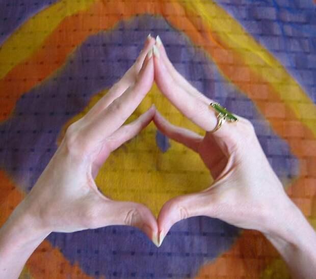 17 сакральных буддистских мудр для здоровья и красоты