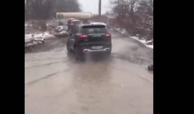 ВРостове улица Лесная превратилась внепроходимое ралли из-за объезда Малиновского