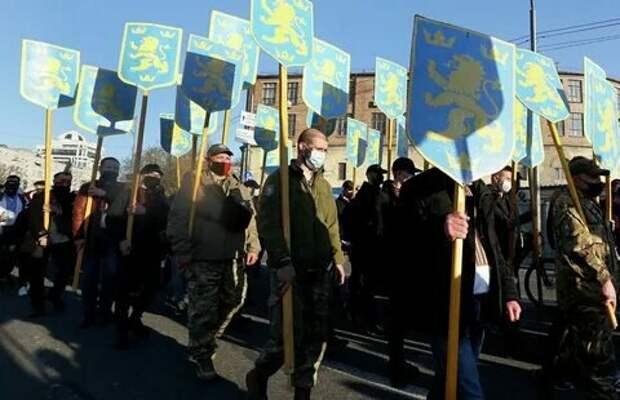 Не/объективно о Степане Бандере и о стеснительных украниских националистах