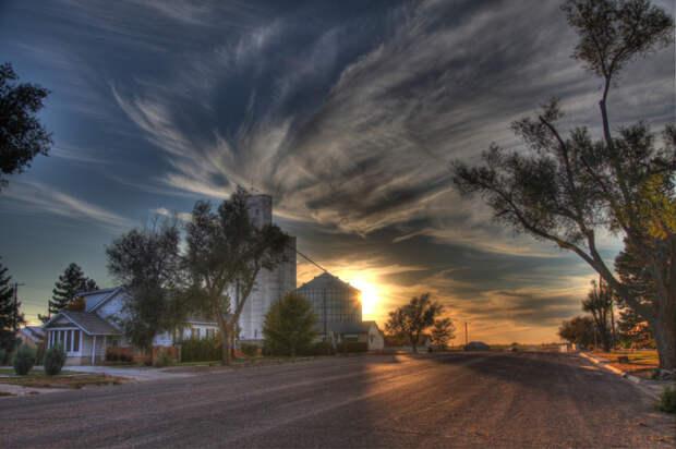 Для тех, кто предпочитает покой и тишину, лучшим вариантом может стать городок в центре станы – Tribune (штат Канзас, США). | Фото: moneyversed.com.