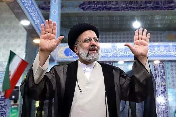 Кандидат в президенты Ирана поздравил Ибрахима Раиси с победой на выборах