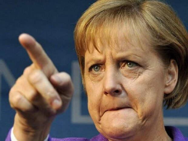 """Польша, """"воюя"""" с Россией, проигрывает гибридную войну с Германией"""
