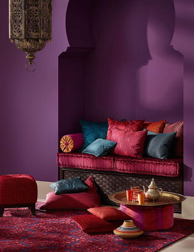 С каким цветом сочетается сиреневый в интерьере: фото, интересные идеи (80 фото)