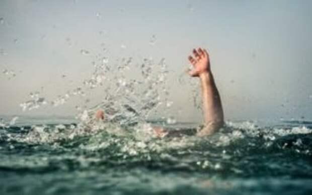 За июль в Украине утонули почти 400 человек