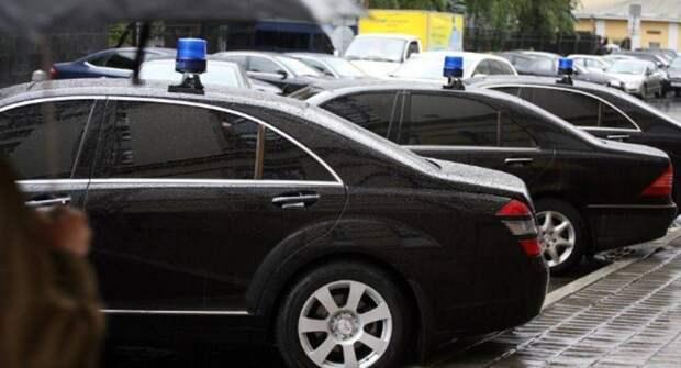 В донском правительстве купят пять представительских машин за 12 млн