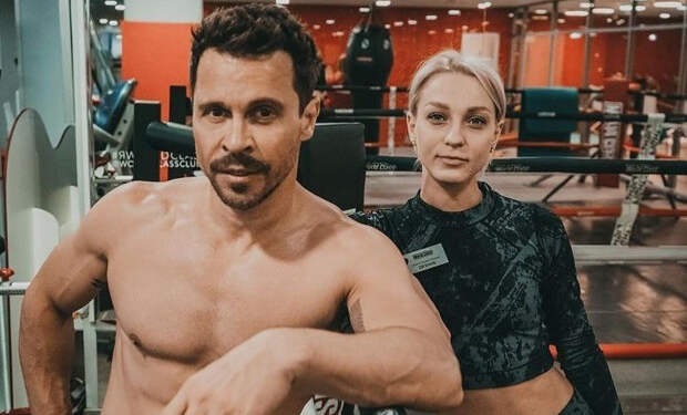 Как поддерживает себя в форме Павел Деревянко: рассказывает тренер актера Евгения Дюпина