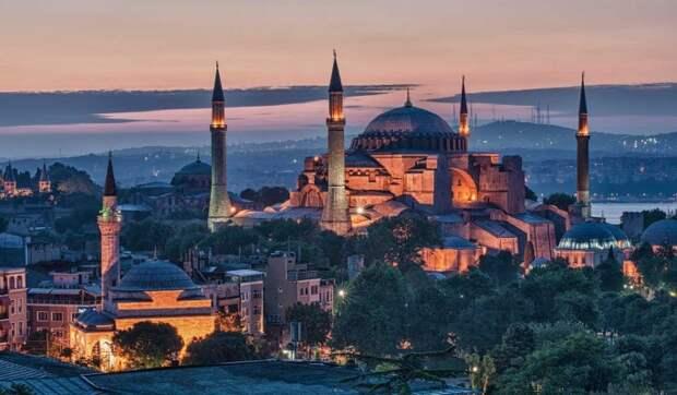 Зимняя сказка в Турции: где отметить новогодние праздники
