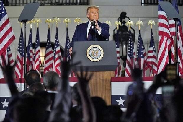 Трамп напомнил избирателям об опасности китайцев и демократов