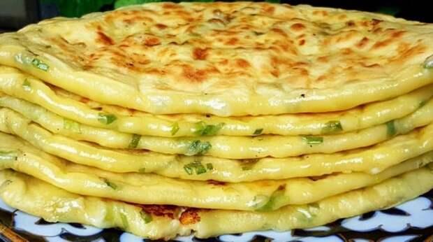 Кефирные лепёшки с сыром и зеленью