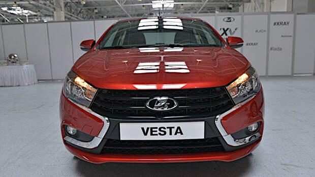 Новые фотографии рестайлинговой Lada Vesta появились в интернете