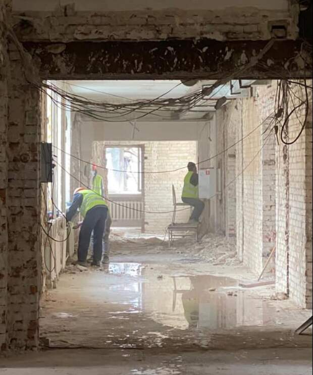 В поликлинике в Чапаевском переулке проходят демонтажные работы