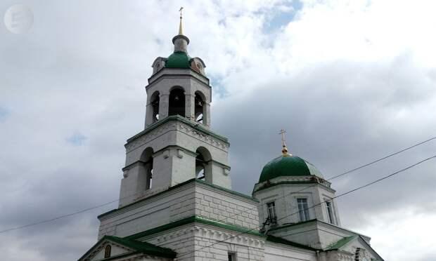 Журналисты «Сусанина» взобрались на колокольню Никольского храма в селе Завьялово