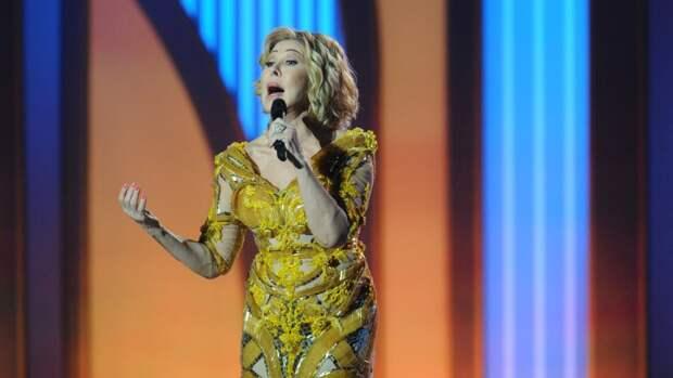 Певица Любовь Успенская впервые за долгое время появилась на публике с дочерью
