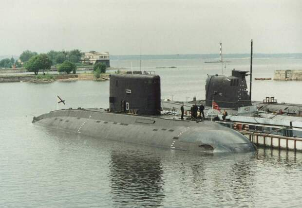 Подлодки проекта 877 «Палтус»: история, описание и характеристики