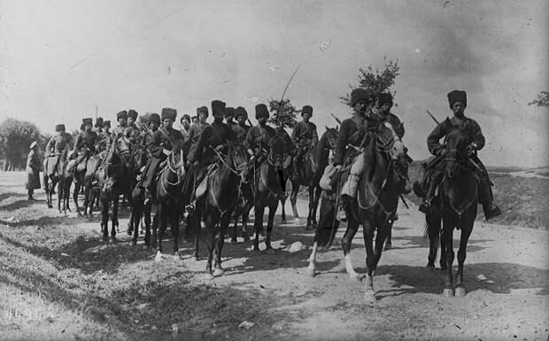 Атака кавалерии. Военные маневры. 1918 год