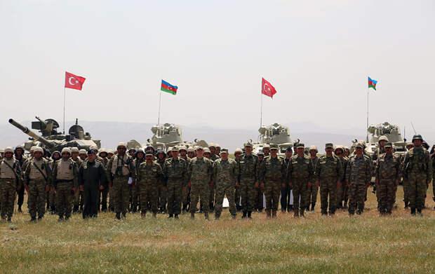 На границе Армении начались совместные учения Турции и Азербайджана