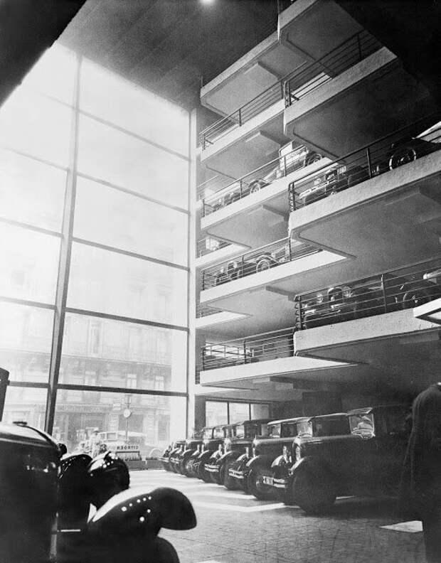 Парковка Le Marbeuf, Париж, 1930 авто, автомобили, архив, из прошлого, машины, парковка, прошлое, ретро