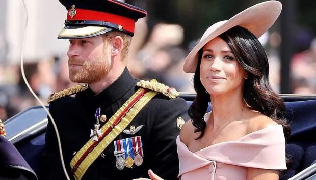 """Елизавета II собирает срочный """"совет"""" по поводу Меган Маркл и принца Гарри"""