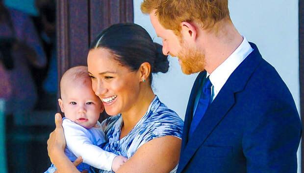 Арчи — 2 года! Новое фото сына Меган Маркл и принца Гарри и поздравления от королевской семьи