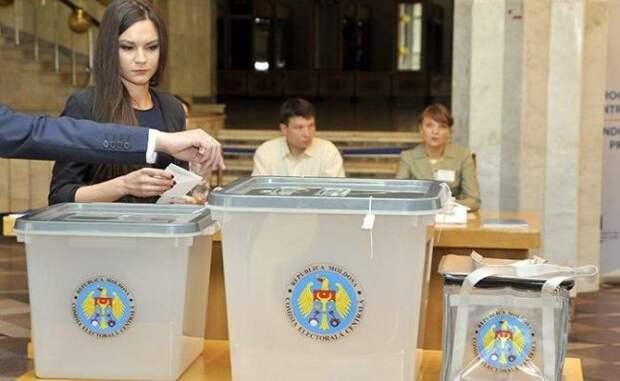 Выборы вМолдавии: российскую диаспору призывают остановить Санду